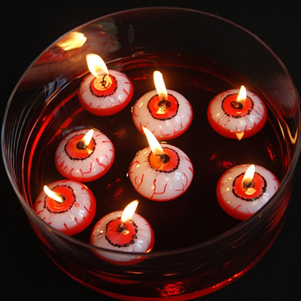 halloween-deko-schwimmende-kerzen-dunkel